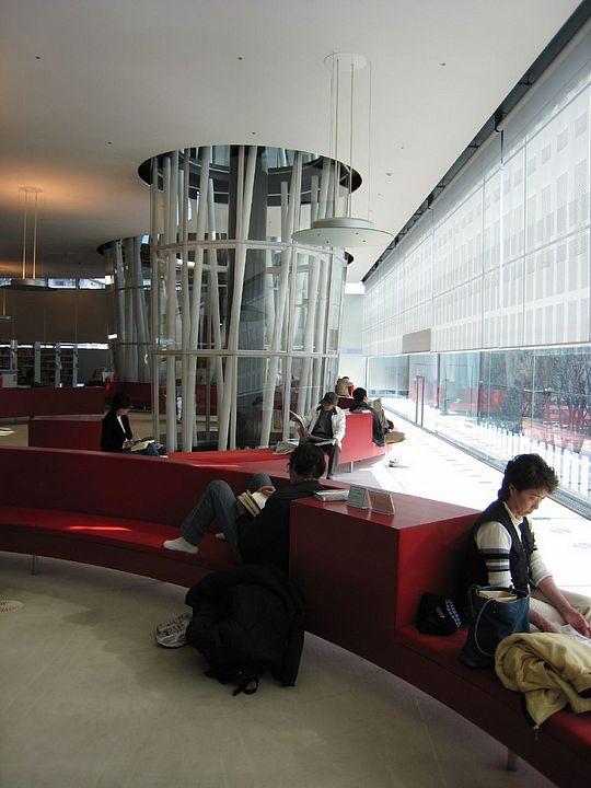 Mediateca di Sendai all'interno